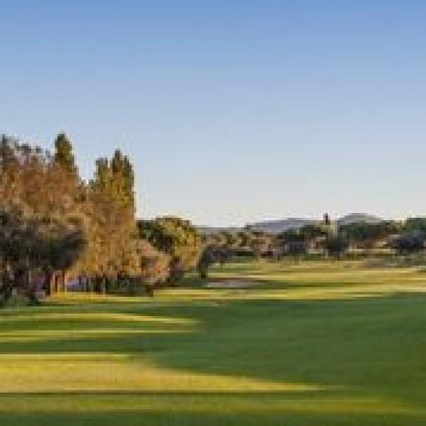 2 NOCHES+ 3 GREEN FEES: Torremirona+Perelada+PGA Golf de Catalunya