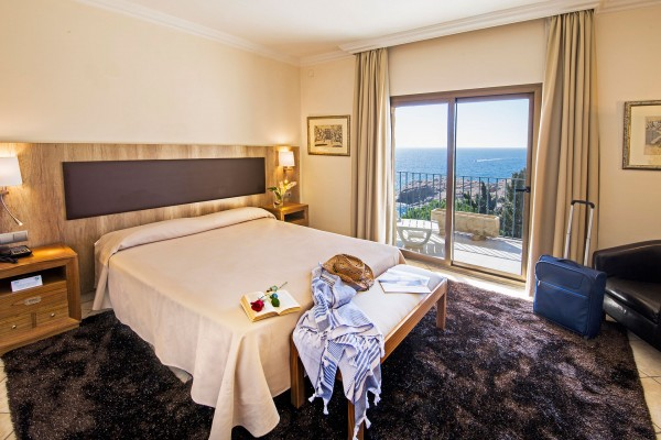 DOUBLE ROOM WITH SEA VIEW ROOM- PSEN