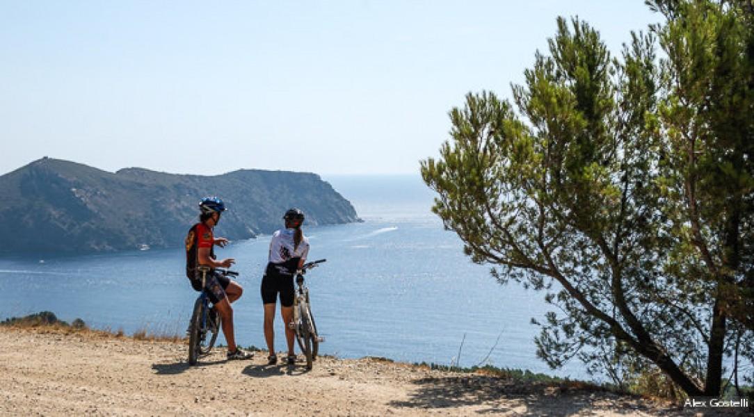 Ciclisme a la vora del mar